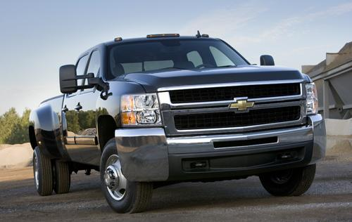 Pros and Cons of Diesel Trucks vs. Gas Trucks