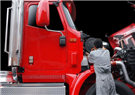 Lisa's Truck and Trailer Repair